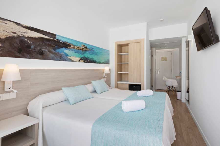 Triple room hotel roc boccaccio