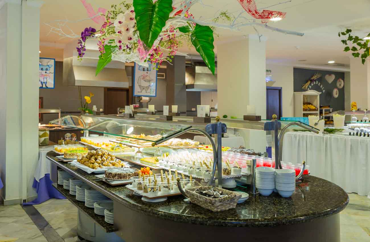 Buffet Hotel Roc Costa Park