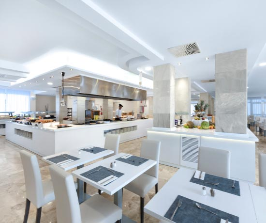 Mediterranean and international gastronomy in the restaurant of the hotel roc continental park in playa de muro