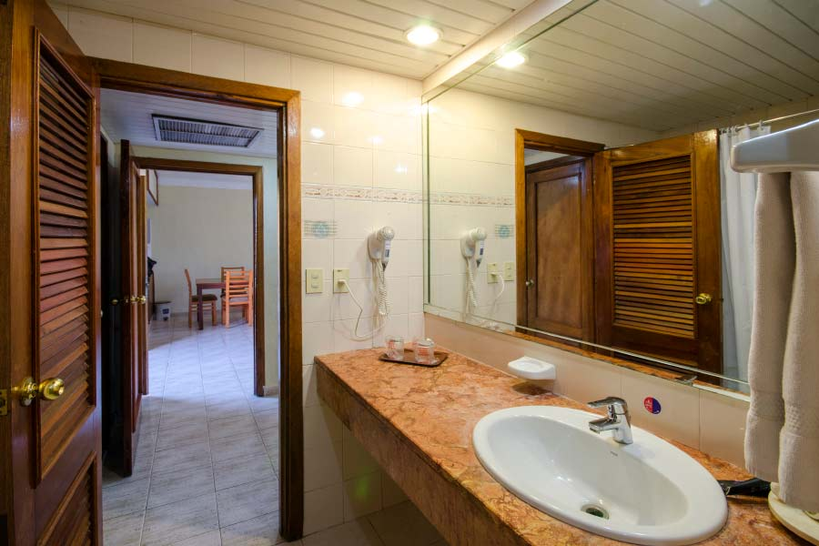 bathroom suites in Varadero