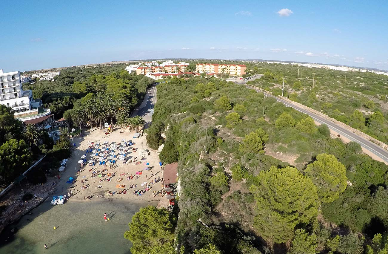 beach holidays in the apartments Roc Cala d'en Blanes Beach Club in Ciudadela