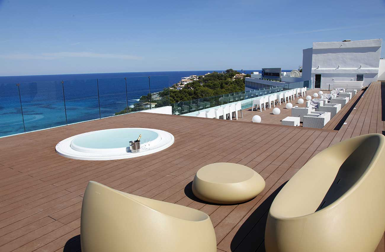 enjoy chill out with sea views at the roc carolina hotel in cala ratjada