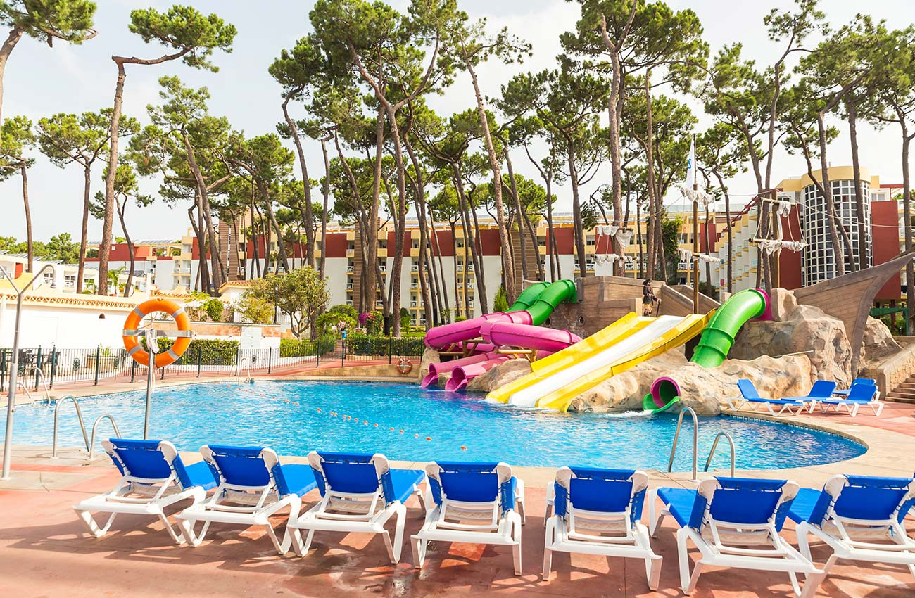 enjoy your summer holidays at the hotel roc marbella park in Marbella